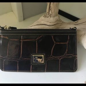 Dooney and Bourke small convertible clutch, EUC